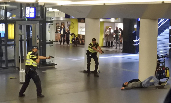 Two US citizens hurt in Dutch 'terrorist' knife attack