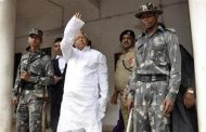 Indian court jails powerful politician for embezzling funds