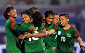 Bangladesh girls down Pakistan 17-0