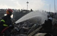Fire sweeps through Bangladesh slum, nine dead