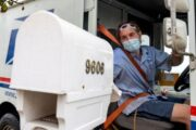 US 2020: Postal service warns of delays in mail-in vote count